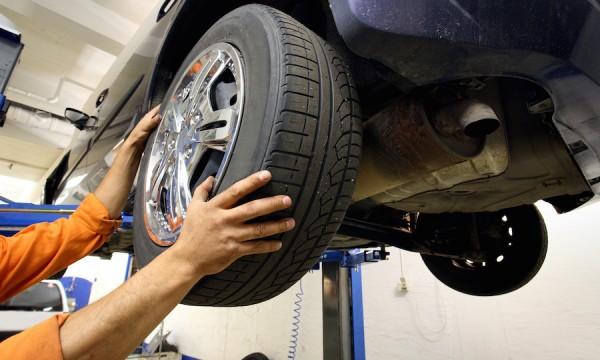 Las llantas de tu auto tienen fecha de caducidad ¿cuándo debes cambiarlas?