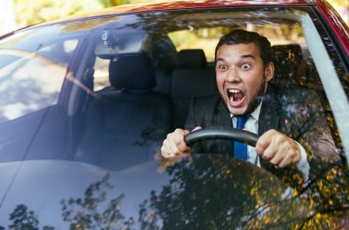 TEST: ¿Eres un conductor agresivo? estas señales pueden delatarte