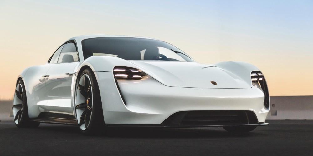 ¡Conocimos de cerca al nuevo Porsche Taycan, en Alemania!