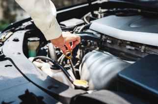 ¿Por qué mi auto está tirando aceite?