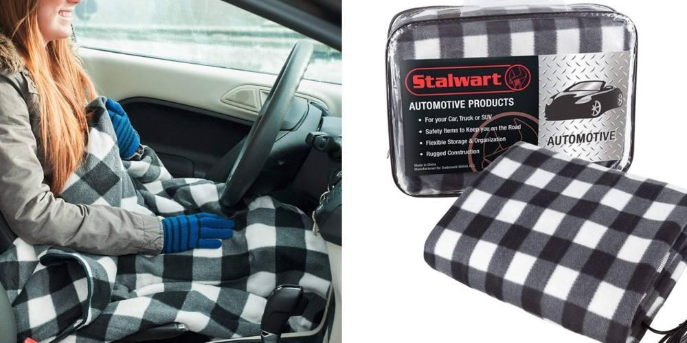 Necesitas esta manta térmica que se enchufa a tu auto para viajar calientito