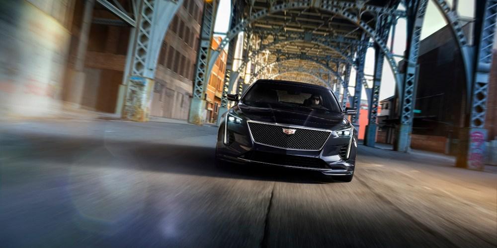 Cadillac consiente a sus clientes con el CT6-V