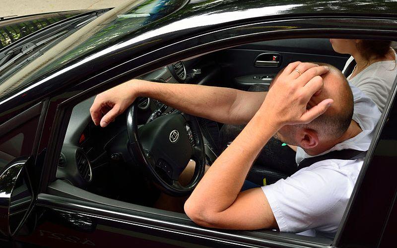 Un conductor novato se distingue por estas señales