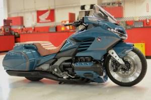 Honda Gold Wing personalizada se exhibe en Daytona