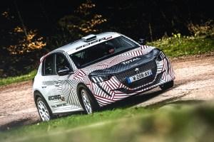 El nuevo Peugeot 208R2 en ruta por primera vez