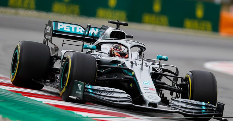 Quinto doblete consecutivo para Mercedes