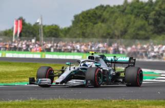 Bottas se alza con la pole en Silverstone