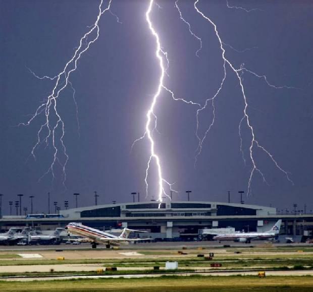 lightning_strike_05