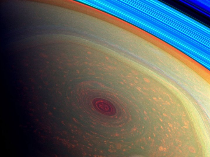 hurricane-at-saturns-north-pole-cassini-mission-3