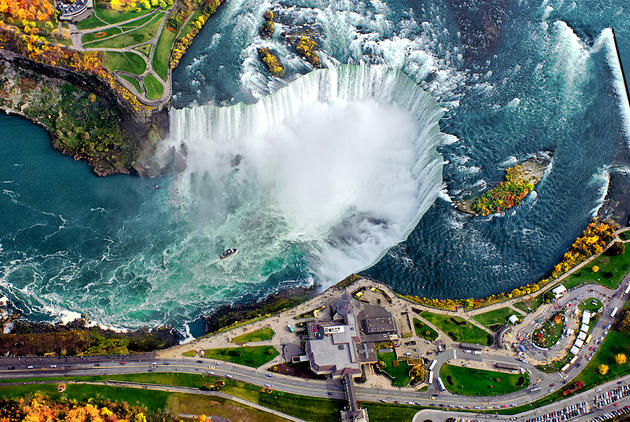 Niagra Falls, Canada. Photo source tumblr.com