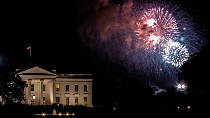 4th-of-July-Fireworks-and-White-House-Washington-DC