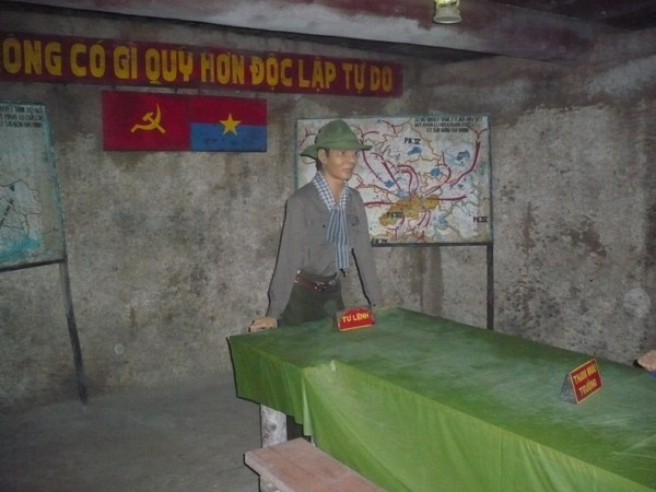 cu-chi-tunnels-6