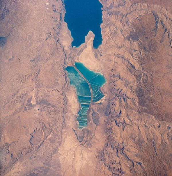 things_you_didnt_know_about_the_dead_sea_08