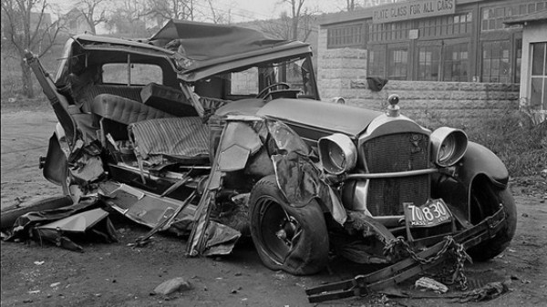 vintage-car-accidents-211