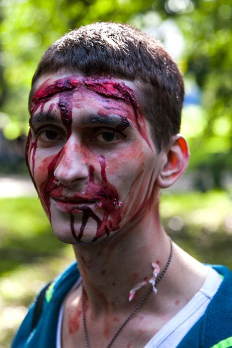 zombie_walk_st_petersburg_17
