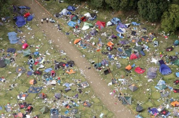 aftermath-of-a-music-festival-3