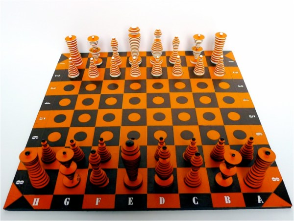 cardboard orange chessset1