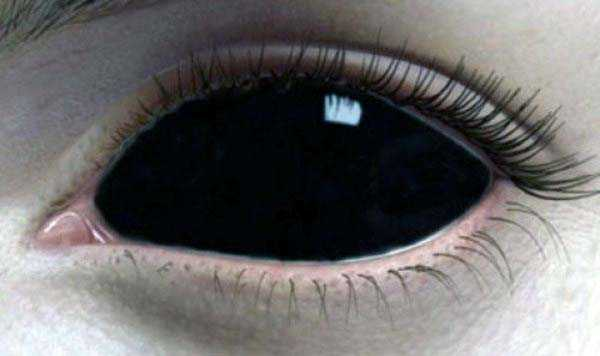Freaky Contact Lenses For Truly Diabolical Evil Eyes