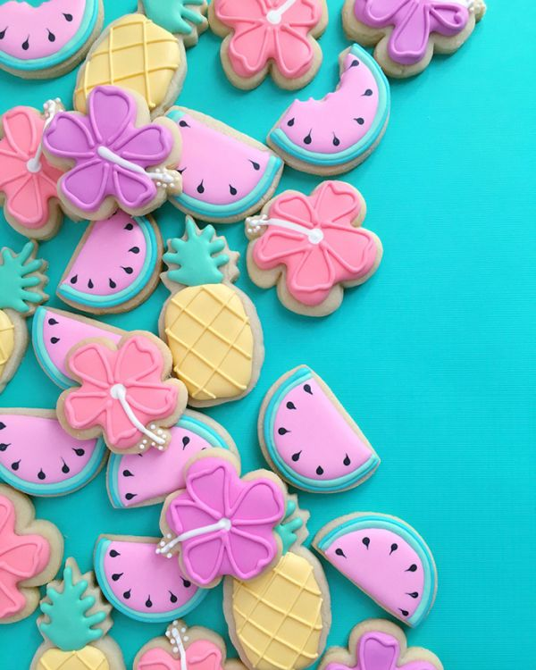 graphic-designer-makes-custom-cookies-holly-fox-design-50-572da31fba045__700