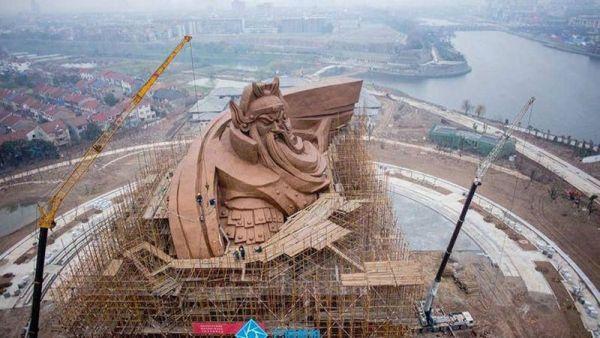 god-of-war-guan-yu-statue-jingzhou-china-2