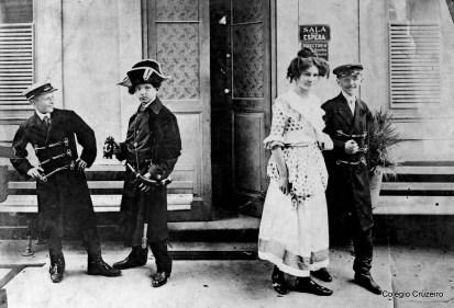 1910 - Apresentação teatral