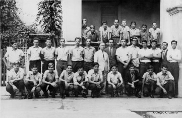 1964 - Alunos com o Diretor Borges e o Professor Udo Dengler