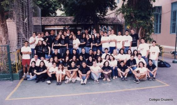 1999 - Foto de turma 300 do Colégio Cruzeiro - Centro