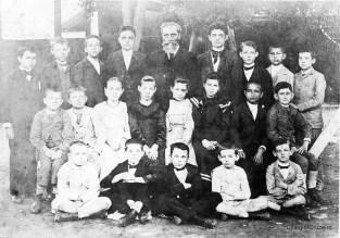 1895 - Registro fotográfico mais antigo de alunos