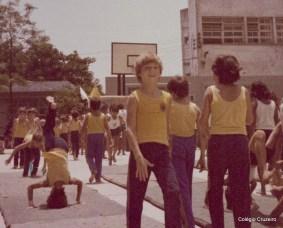 1976 - Alunos de Ginástica Olímpica do Colégio Cruzeiro - Centro