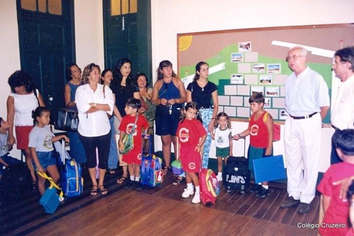 1999 - Aula inaugural do Colégio Cruzeiro - Jacarepaguá, no dia 22 de fevereiro