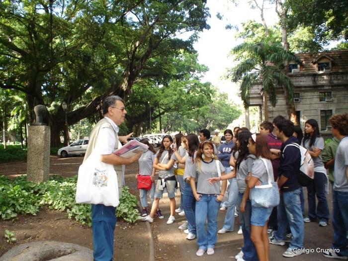 2007 - Caminhada Cultural guiada pelo Professor José Guilherme da Silva, do Colégio Cruzeiro - Centro