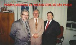 Delegados Expedito Marques Pereira (Diretor do DCS) e Massilon Bernardes (Divisionário o DCS); e Escrivão de Polícia Ronaldo Theodoro (chefe), na década de 90.