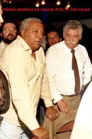 """DEGRAN, na década de 80: Em primeiro plano, os saudosos Investigadores Roberto Araújo """"Robertão"""" e o ícone da Polícia Civil, Chefe Osvaldo Machado de Oliveira, na década de 80."""