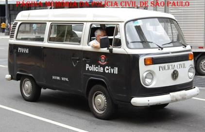 Viatura marca VW- Kombi, utilizada pela Polícia Civil por várias décadas.