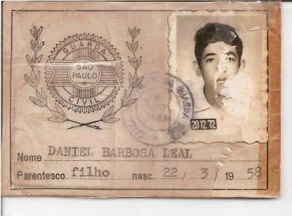 Carteira de dependente do filho de um Guarda Civil, na década de 50.