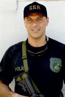 """Investigador Gianfranco Cavalantti Jr, """"in memoriam"""". A antiga unidade de intervenção tática do GER/Deic, quando este grupo esteve sob a supervisão do delegado Marcelo Lessa, levou o nome do saudoso policial civil."""