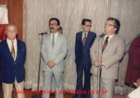 """Solenidade no DETRAN, início da década de 80: À partir da esquerda (?), Delegado Abrahão José Kfouri Filho, Delegado Armando Alexandre Thiago """"in memorian"""" e o então Diretor, Ciro Vidal Soares da Silva."""