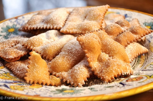 "Chiacchiere (Fried ""Ribbons"")"