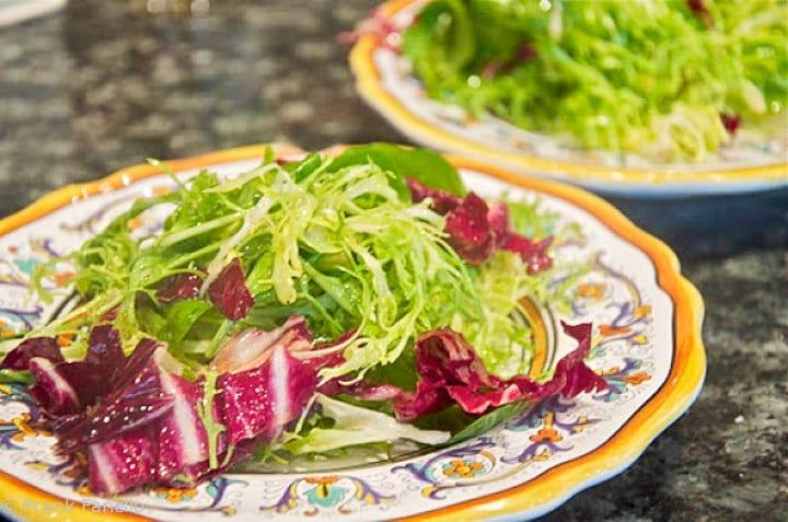 How to Dress a Salad, the Italian way