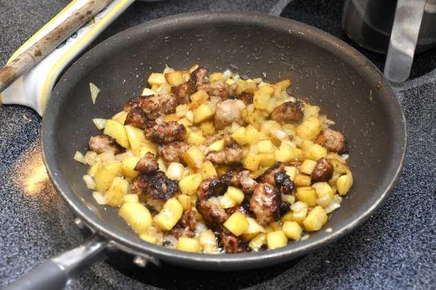 Frittata con patate e salsiccia