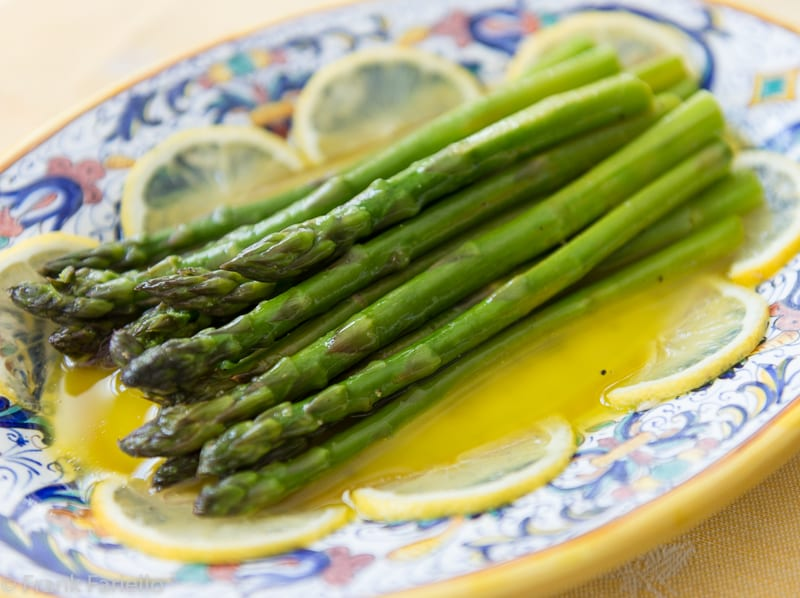 Asparagi all'agro (Asparagus with Lemon and Olive Oil)