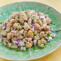 Fagioli e tonno (White Bean and Tuna Salad)
