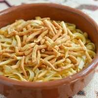 Ciceri e tria (Pasta and Chickpeas)