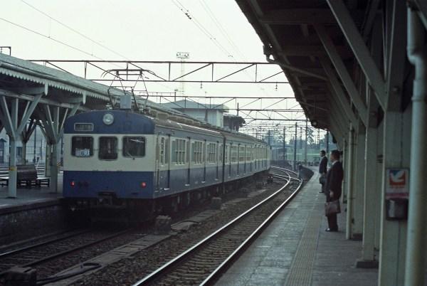 クモハ73 4連