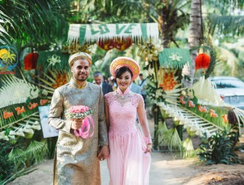 """Cổng cưới lá dừa Miền Tây """"mộc nhưng chất"""", hoành tráng không kém cổng hoa giả của đám cưới Việt"""