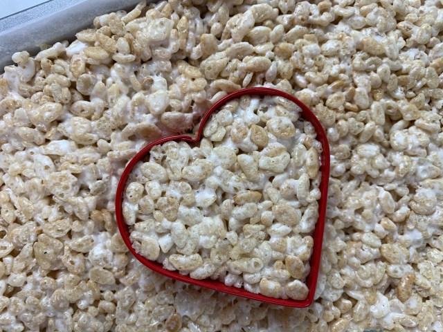 heart shaped cookie cutter