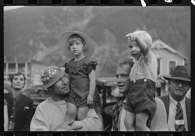 Miners and their children celebrate Labor Day, Littleton, Colorado, 1940 - Library of Congress