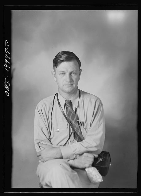 Russell Lee (possibly 1942)
