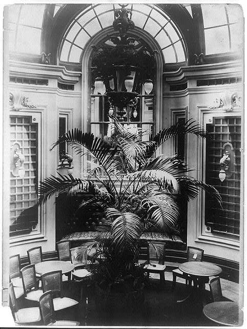 Lounge (1915)