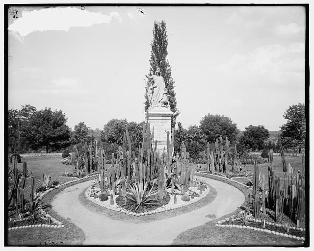Philadelphia, Pa., religious liberty monument (between 1900 and 1910)